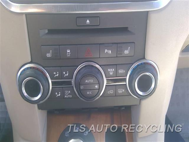 2011 Land Rover Lr4 Temp Control Unit  FRONT, (REAR CLIMATE CONTROL),