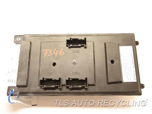 lr4 fuse box 2013 land rover lr4 fuse box - 22-14041- - used - a grade.