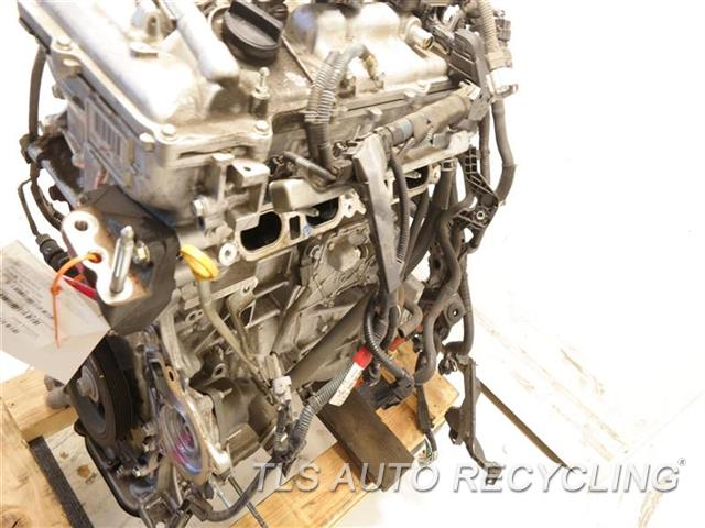 2013 Lexus Ct 200h Engine Assembly  ENGINE ASSEMBLY 1 YEAR WARRANTY