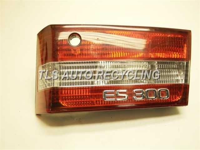 1999 Lexus Es 300 Tail Lamp  PASSENGER LID TAIL LAMP 81670-33150