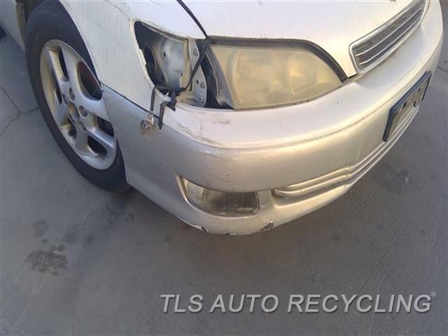 2000 Lexus Es 300 Bumper Cover Front PAINT PEELING W/SCUFFS RH SIDE 6T2,WHT,SLV,US MARKET