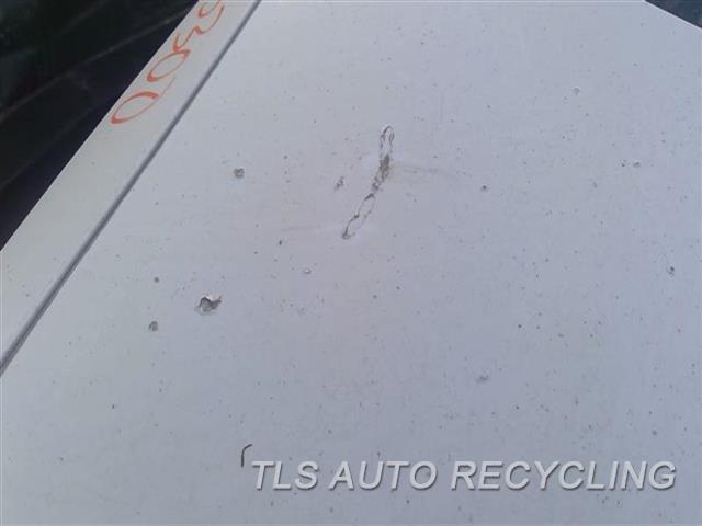 2000 Lexus Es 300 Deck Lid CHIPS UPPER SECTION 2T1,WHT,W/LIGHTS
