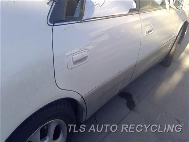 2000 Lexus Es 300 Door Assembly, Rear Side SCRATCHES DOOR MOULDING 7S1,RH,WHT