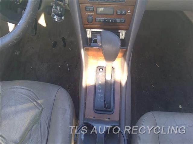 2000 Lexus Es 300 Transmission Shifter  SHIFTER FLOOR MOUNT