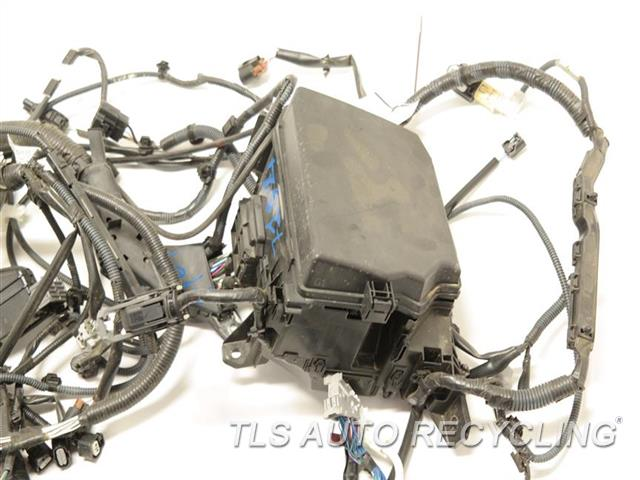 2005 lexus es 330 engine wire harness 82111 3y192 used. Black Bedroom Furniture Sets. Home Design Ideas