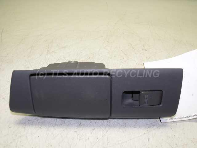 Removal of passenger window switch 1996 lexus es 99 03 for 2000 lexus rx300 master window switch