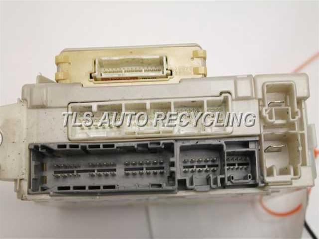 lexus sc400 fuse box diagram 2007 lexus gs 450h - 82730-30c30 - used - a grade.