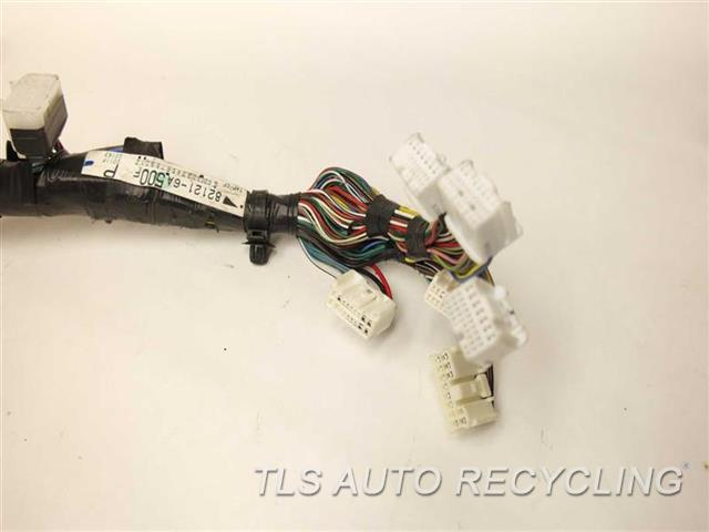 2003 lexus gx 470 engine wire harness 82121 6a500 used. Black Bedroom Furniture Sets. Home Design Ideas