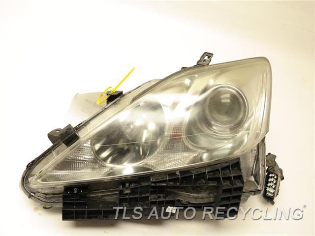 Lexus Headlamp Assembly : Lexus is headlamp assembly  used