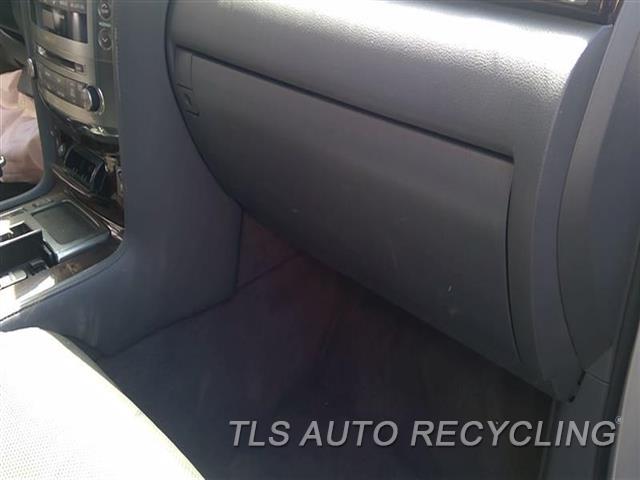2010 Lexus Lx 570 Glove Box  GRY