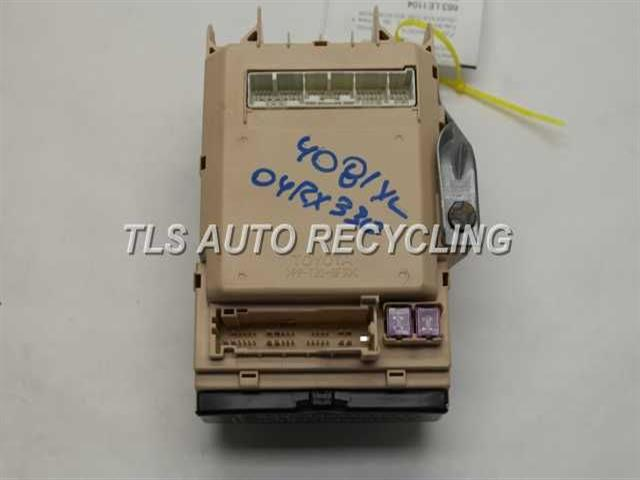 2004 lexus rx 330 - 82730-0w230 - used - a grade. fuse box for lexus rx 330