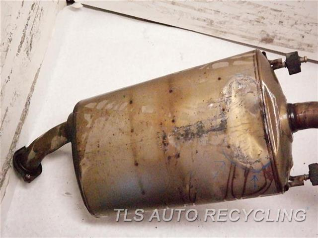 2010 Lexus Rx 450h Exhaust Pipe 17420-31291  PIPE HAS DENT CENTER EXHAUST PIPE 17420-31291