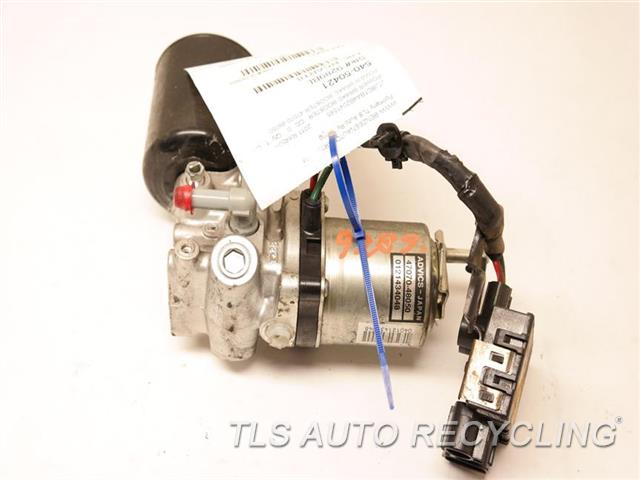 2011 Lexus Rx 450h Brake Booster  POWER BRAKE BOOSTER 47070-48050