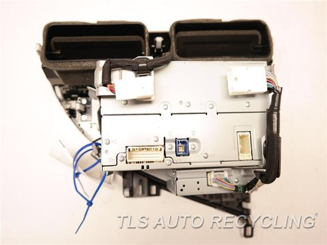 2011 Lexus Rx 450h Radio Audio / Amp ID: P1882, 86120-48L70 RADIO RECEIVER W/TEMP. CONTROL PANEL