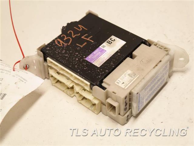 fuse box lexus rx 450h 2013 lexus rx 450h driver junction block 82730 48a20 used a  2013 lexus rx 450h driver junction