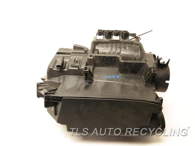 2013 mercedes c250 air cleaner 2710901601 used a grade for Mercedes benz c250 performance parts
