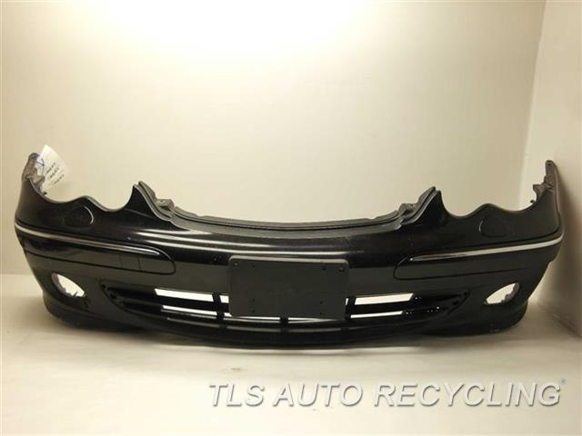 2006 Mercedes C280 Bumper Cover Front Scratches On