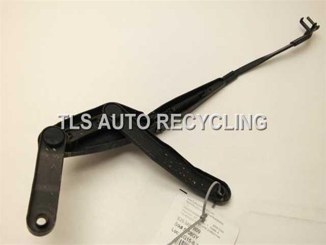 2009 mercedes c300 wiper arm 2048201544 used a grade for Mercedes benz c300 wiper blades