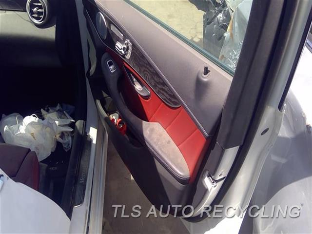 2015 Mercedes C300 Trim Panel, Fr Dr  RH,RED,BLK,LEA