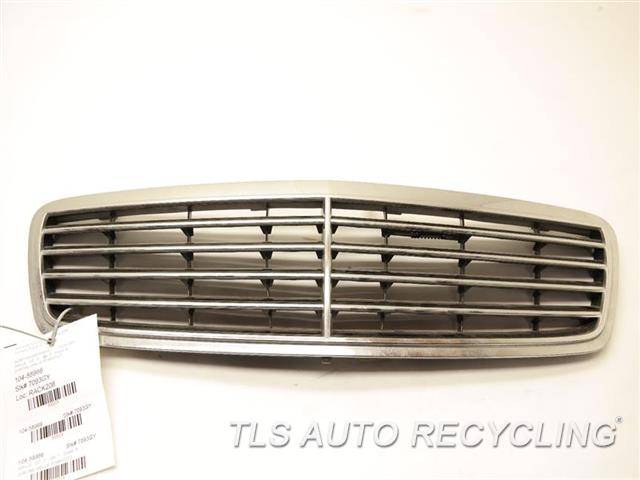 2004 mercedes c320 grille 2038800223 used a grade for 2004 mercedes benz c320 parts