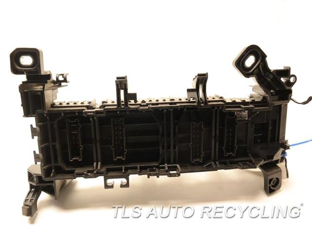 2014 mercedes cla250 fuse box 2465400240 engine fuse box
