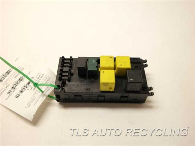 1999 mercedes clk430 fuse box 0025452701 used a grade