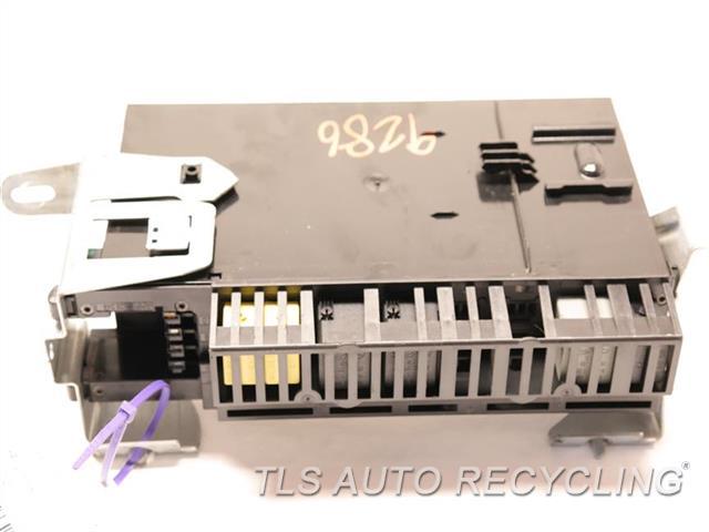 2007 Mercedes Cls550   DRIVER REAR FUSE BLOCK 2115455301