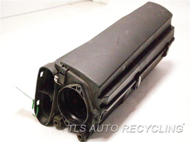 2005 Mercedes E320 Air Cleaner  AIR CLEANER BOX CDI (DIESEL ENGINE)