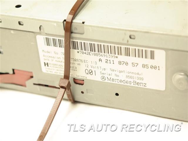 2008 Mercedes E350 Navigation Gps Screen 2118706085 DVD NAVIGATION PLAYER 2118705785