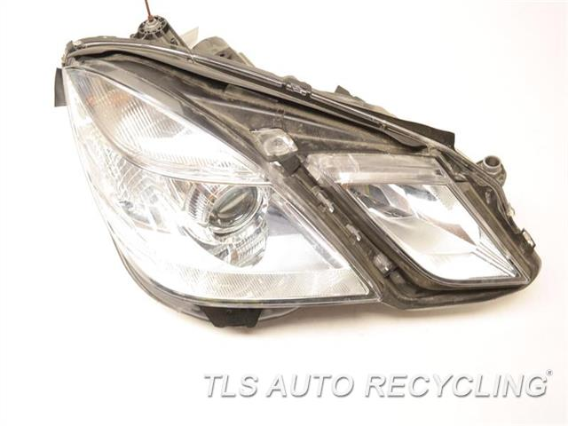 2010 Mercedes E350 Headlamp Assembly MISSING REAR CAP RH,212 TYPE, (SDN), E350, HALOGEN,