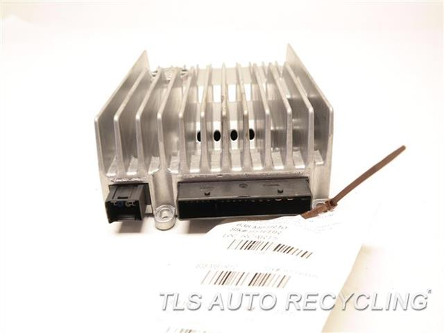 2010 Mercedes E350 Radio Audio / Amp  AMPLIFIER HARMAN 2128700194