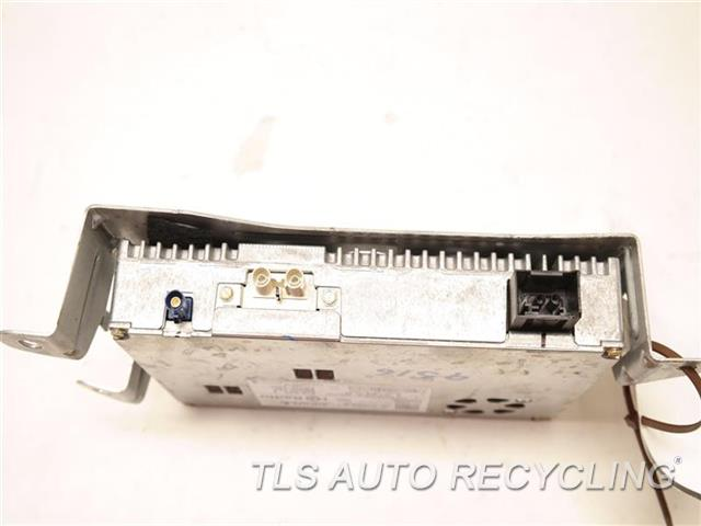 2010 Mercedes E350 Radio Audio / Amp  1729060700 SATELLITE RECEIVER MODULE