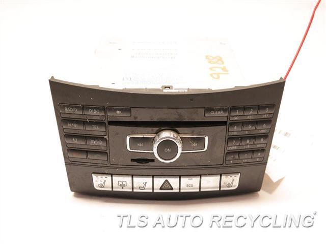 2014 Mercedes E350 Radio Audio / Amp  RADIO RECIVER 2129007525