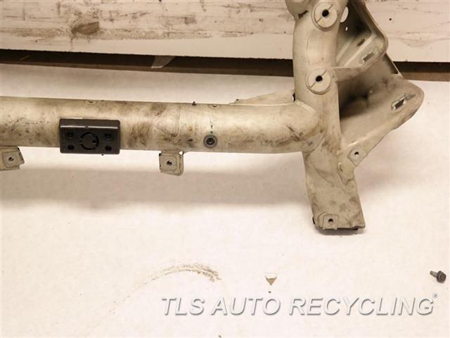 2014 Mercedes E350 Sub Frame old Loc:1m1 user:IGOR FRONT CROSSMEMBER, SDN, E350, RWD