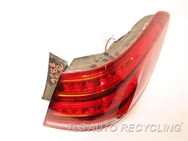 2014 Mercedes E350 Tail Lamp  RH,QUARTER PANEL TAIL LAMP