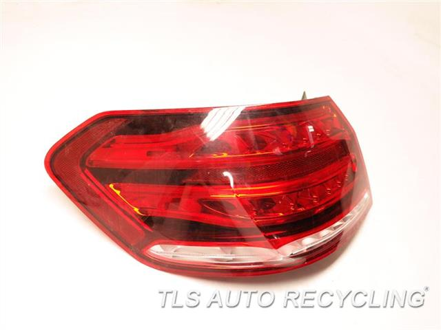 2014 Mercedes E350 Tail Lamp  LH,QUARTER PANEL TAIL LAMP