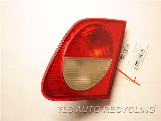 1999 Mercedes E55 Tail Lamp 2108203064  PASSENGER DECK LID MOUNT TAIL LAMP