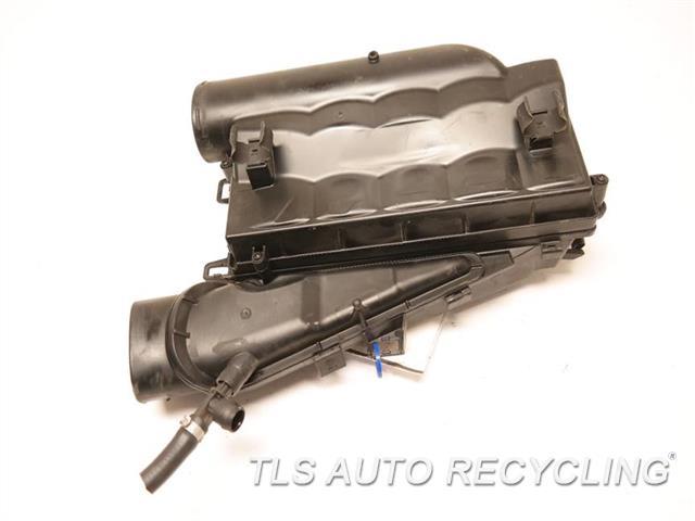 2015 Mercedes Gl550 Air Cleaner  LH, AIR CLEANER BOX,  GL550, L.