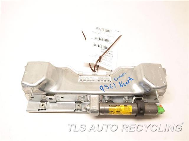 2011 Mercedes Glk350 Air Bag 2048601902 FRONT, DRIVER KNEE AIR BAG