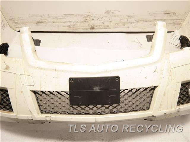 2011 Mercedes Glk350 Bumper Cover Front DENT,SCRATCHES, PAINT PEELING ON BOTTOM WHT. FRONT BUMPER, FOG LAMP