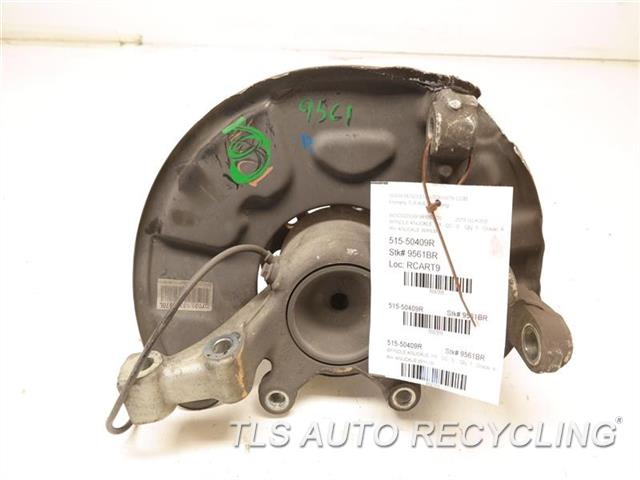 2011 Mercedes Glk350 Spindle Knuckle, Fr  RH. KNUCKLE W/HUB