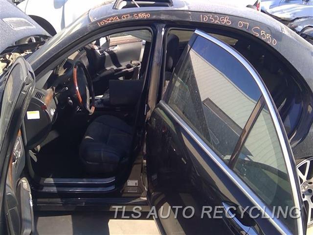2007 Mercedes S550 Center Pillar Cut  LH,BLK,221 TYPE, S550, L.