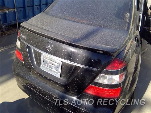 2007 Mercedes S550 Deck Lid  000,BLK,221 TYPE, S550