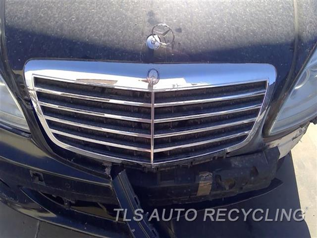2007 Mercedes S550 Grille  BLK,CHROME 221 TYPE, UPPER, S550,