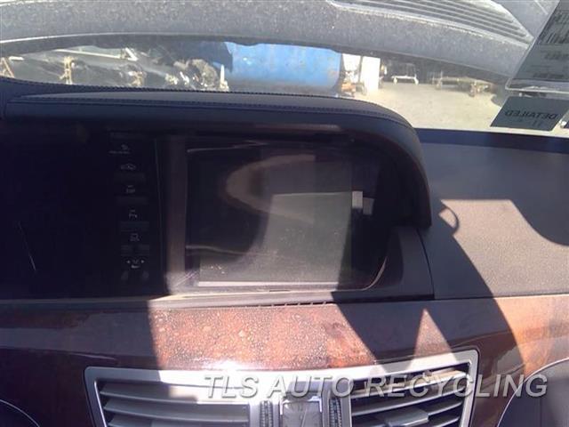 2007 Mercedes S550 Navigation Gps Screen  5.5L,221 TYPE, S550, (IN-DASH DISPL