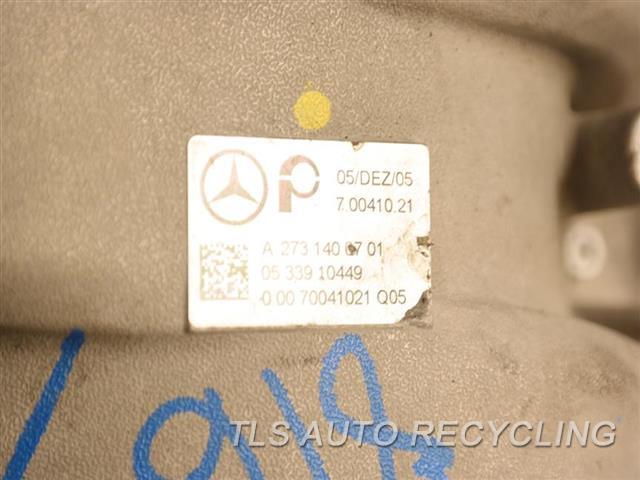 2007 Mercedes S550 Intake Manifold  221 TYPE, S550