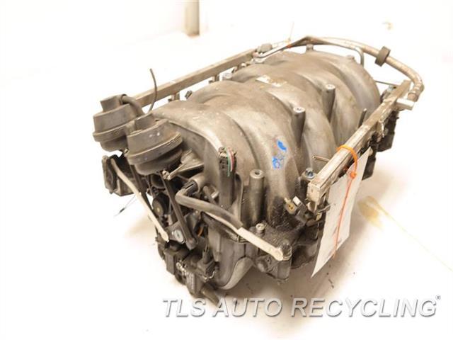 2007 Mercedes S550 Intake Manifold  INTAKE MANIFOLD