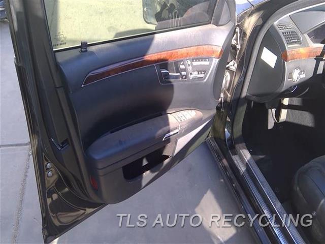 2007 Mercedes S550 Trim Panel, Fr Dr  LH,BLK,LEA