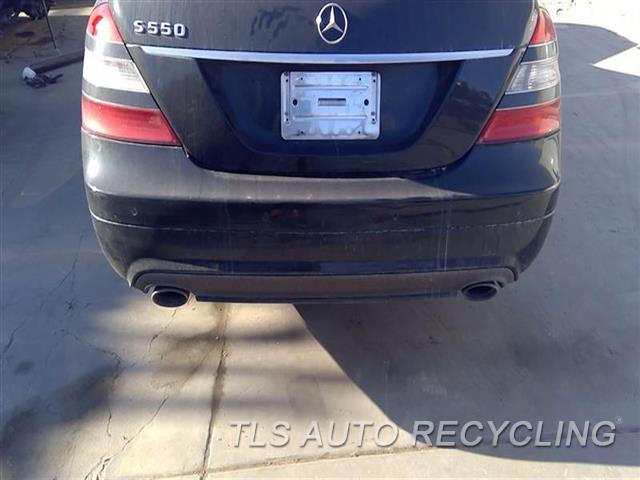 2008 Mercedes S550 Bumper Cover Rear   SCRATCHES LH SIDE 1S1,BLK,221 TYPE, S550, W/O SPORT P