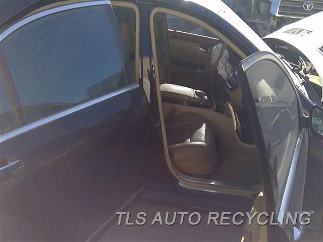 2008 Mercedes S550 Center Pillar Cut  RH,BLK,221 TYPE, S550, R.